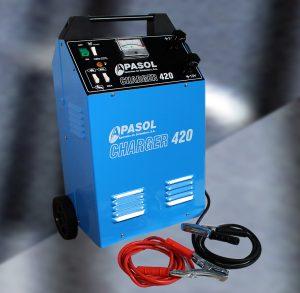 Arrancador y cargador de baterías de coches